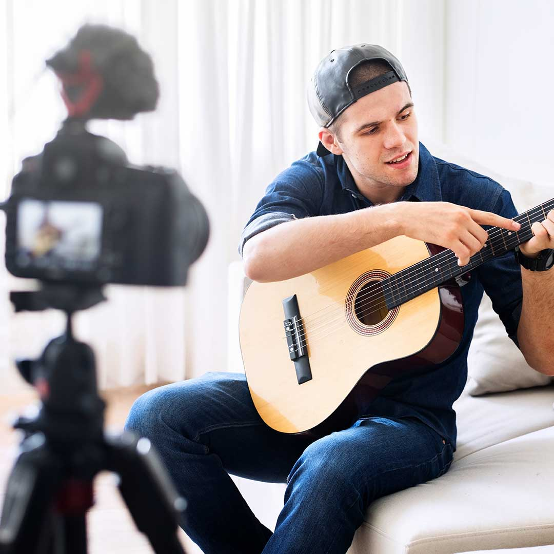 Talking-about-music-vlogging.-You-do-not-show-just-a-camera