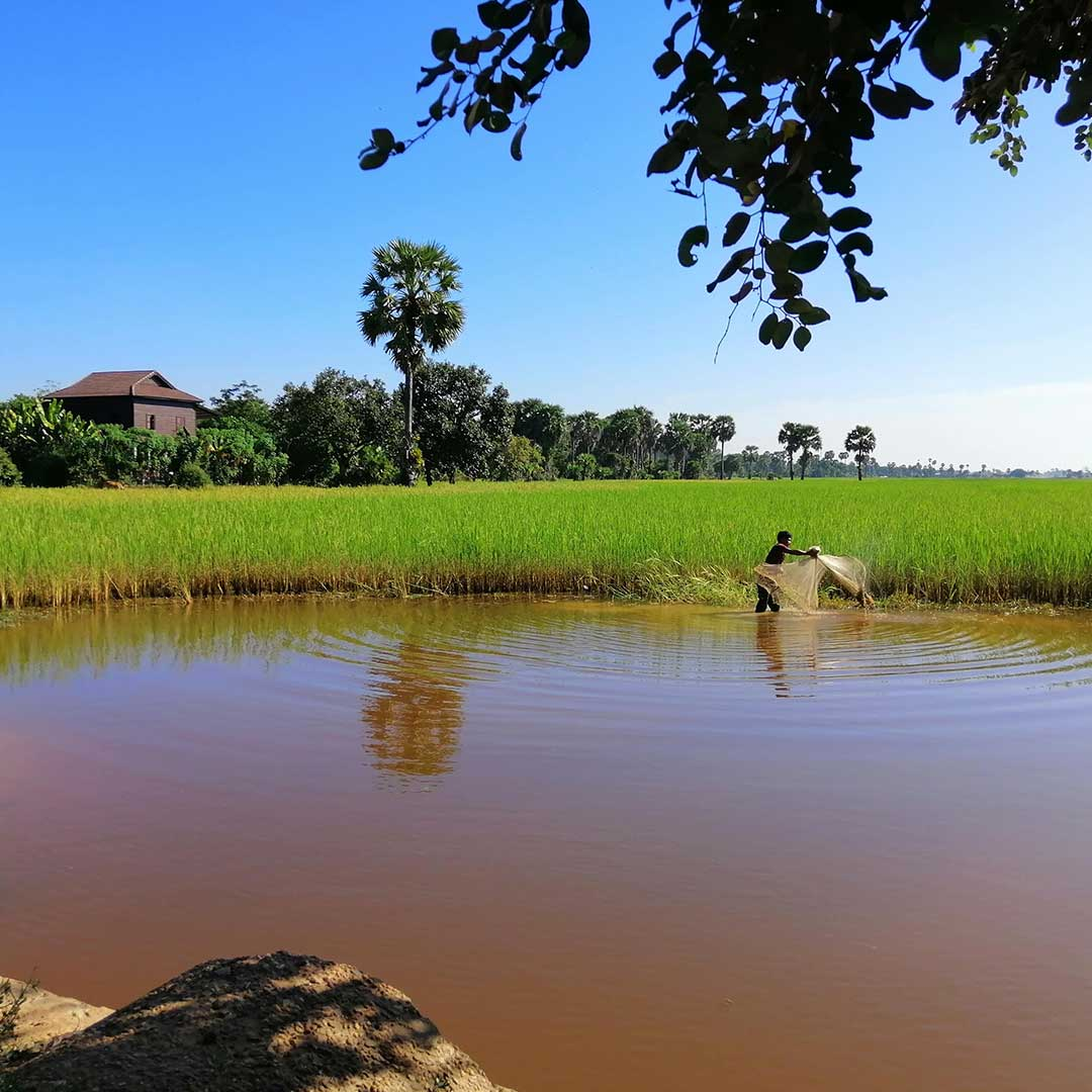 Groundwater Resources in Cambodia The state of benefit programs with Cambodia's countryside water wells